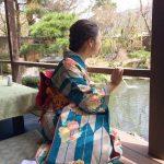 紫の着物の絵柄をアップ/ 大正〜昭和初期のリアルレトロは超オシャレ